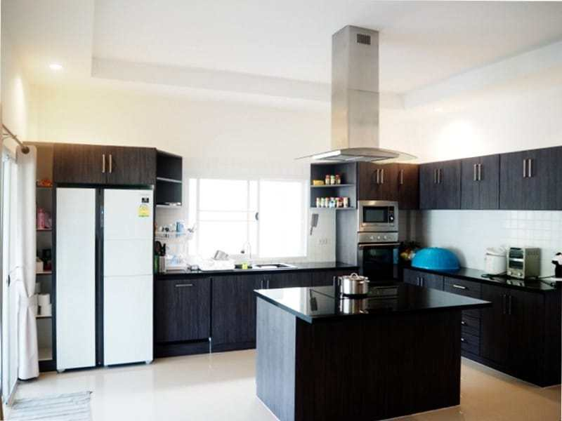 Four bedroom villa Hua hin for sale kitchen