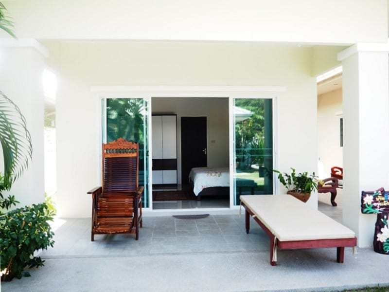 Four bedroom villa Hua hin for sale patio