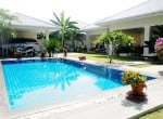 Four bedroom villa Hua hin for sale car port
