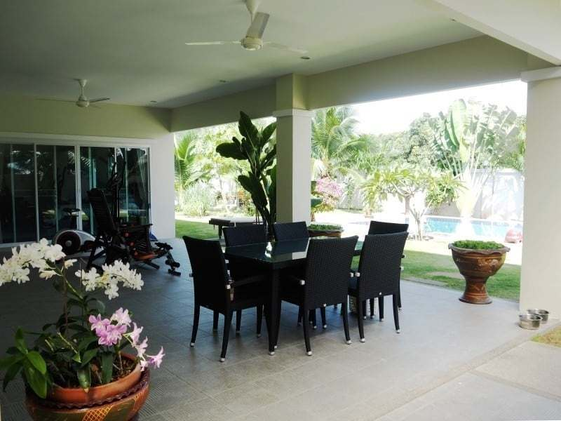 Four bedroom villa Hua hin for sale terrace
