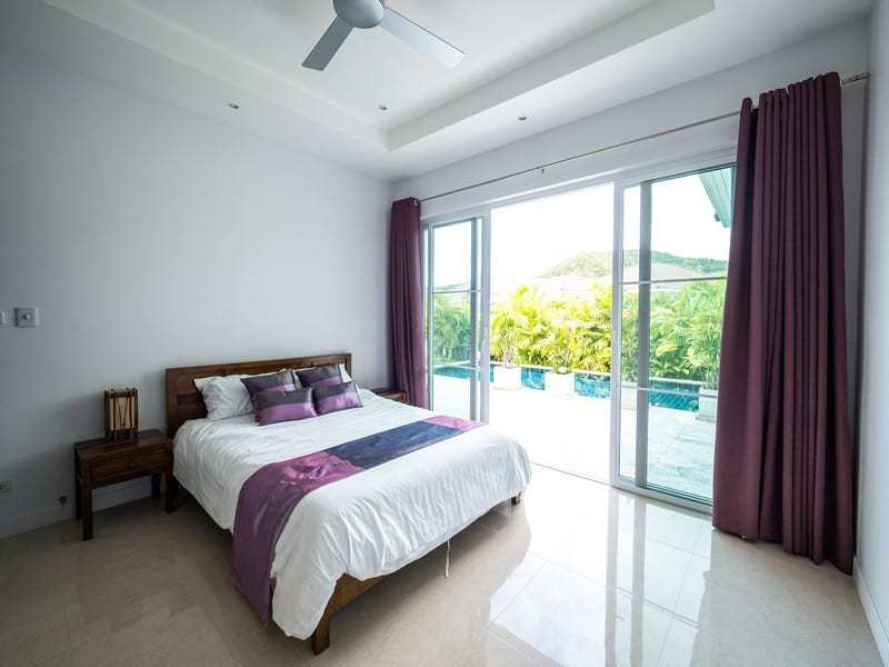 Resale pool villa Hua Hin master bedroom