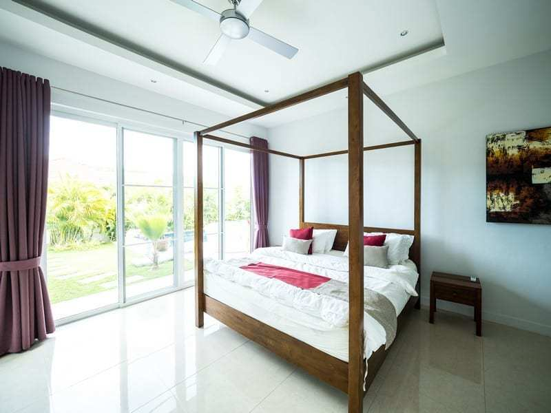 Resale pool villa Hua Hin four poster