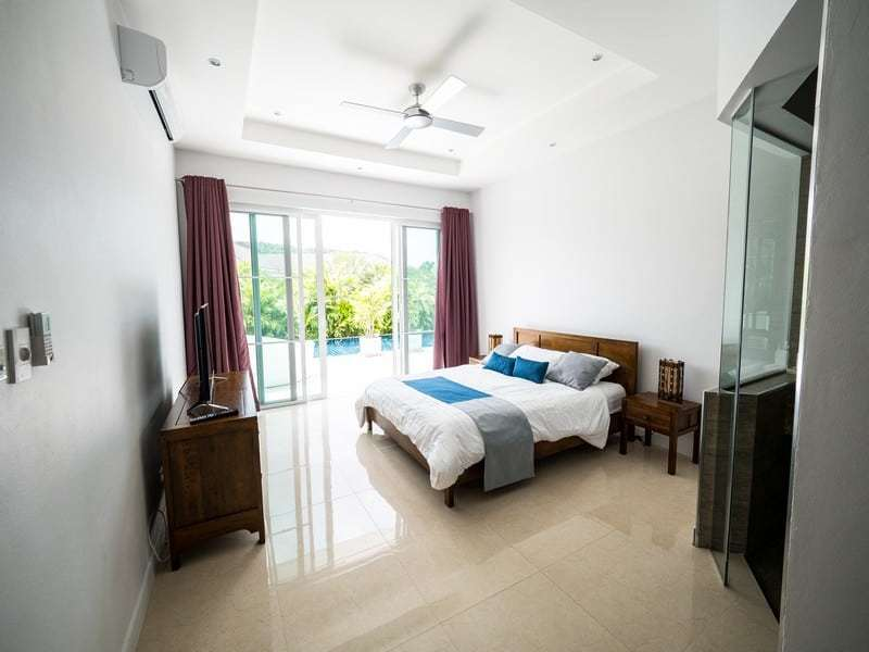 Resale pool villa Hua Hin guest