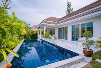 Home for sale Red Mountain Hua Hin Woodlands Type D rear h