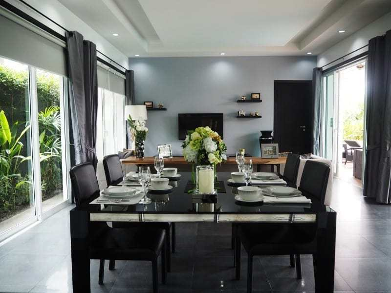 Spacious resale villa Hua Hin for sale dining