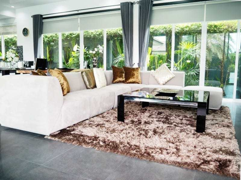 Spacious resale villa Hua Hin for sale lounge