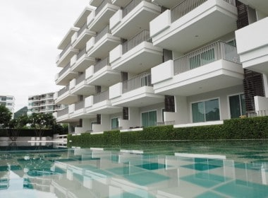 Well sized Hua Hin apartment for sale