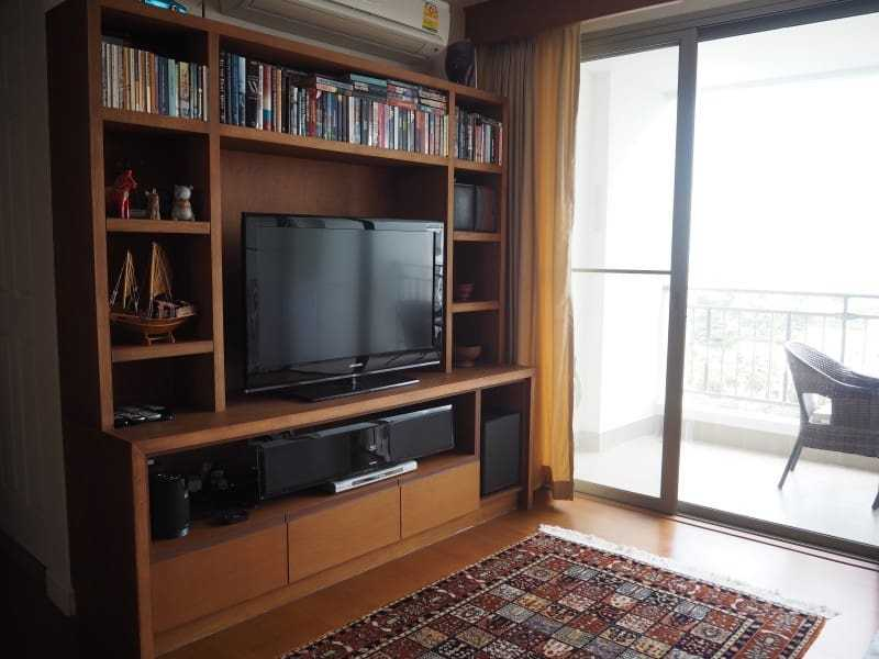 Two bed Boathouse condo for sale tv