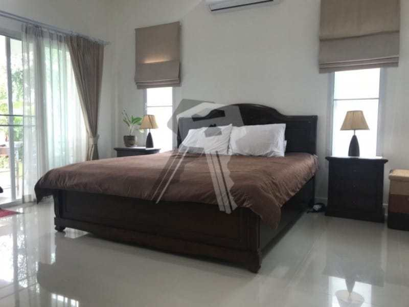 Freehold resale villa Hua Hin bathroom
