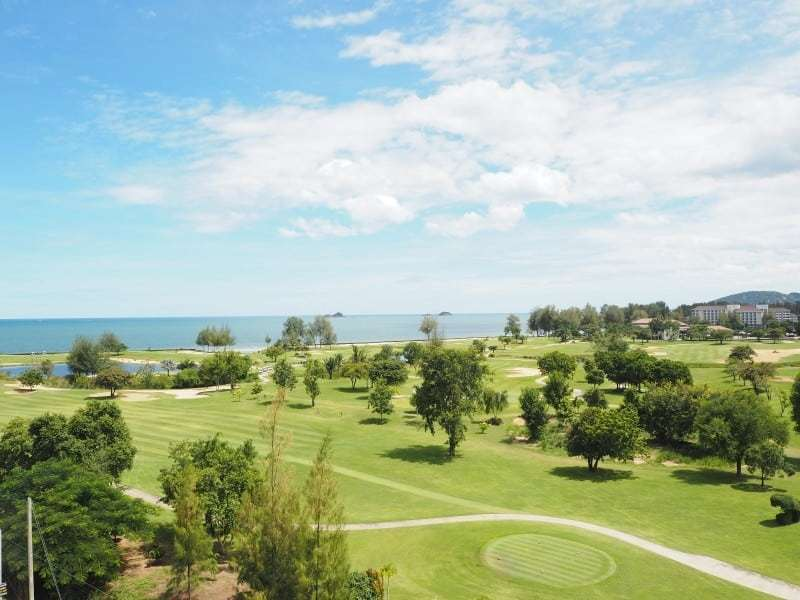 Autumn Hua Hin 2 bed condo for sale golf view
