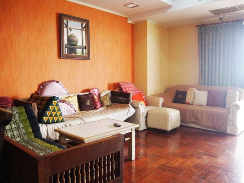 Cha Am sea view condo for sale lounge