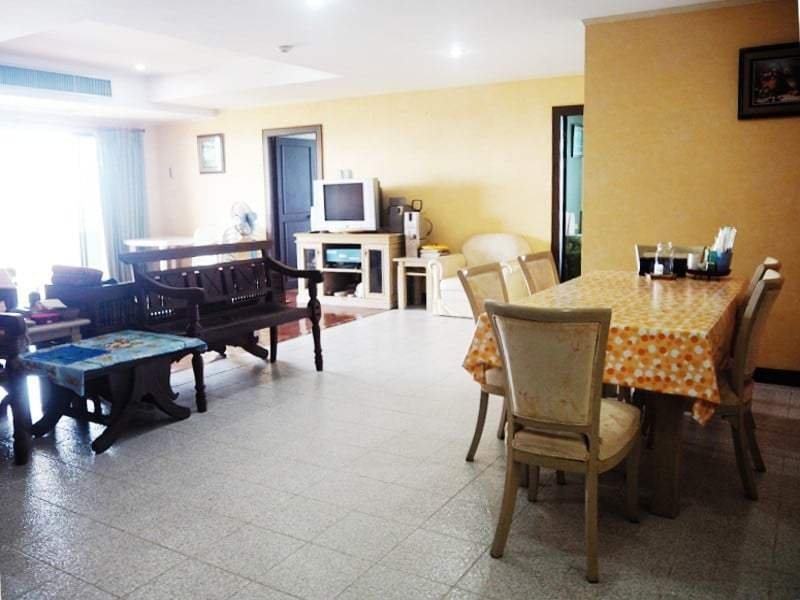 Cha Am sea view condo for sale dining