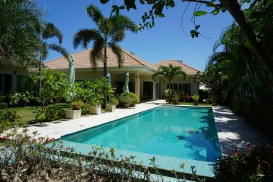 Sam Roi Yod villa for sale pool