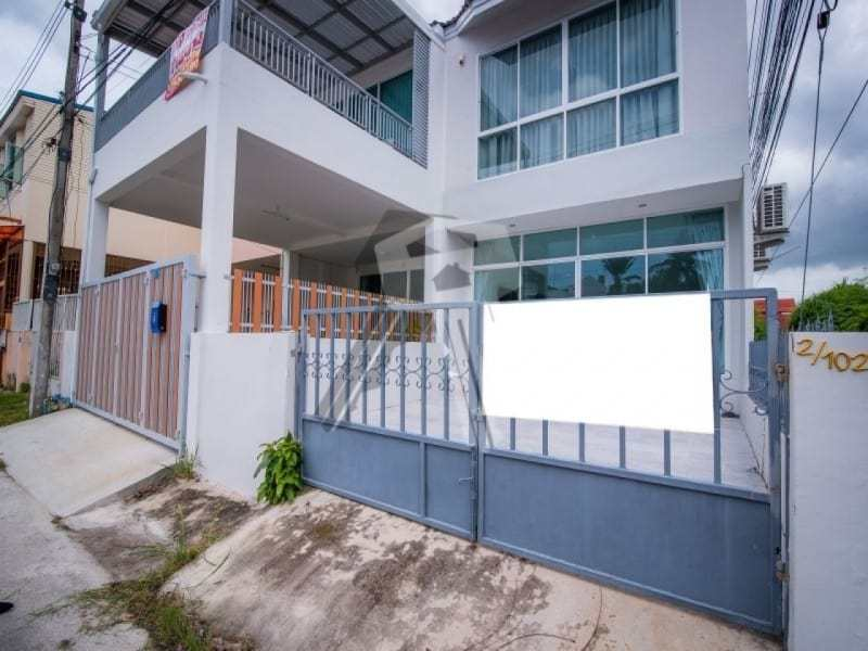 Hua Hin beach townhouse for sale front