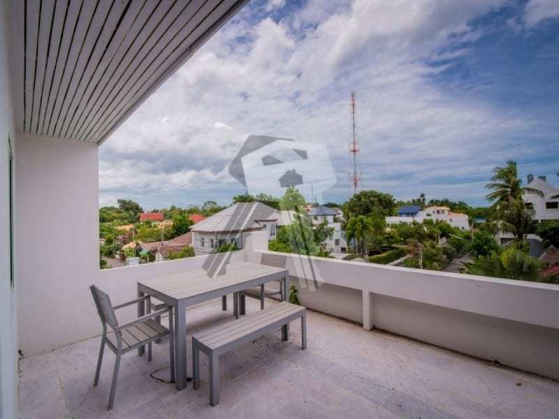 Hua Hin beach townhouse for sale roof terrace