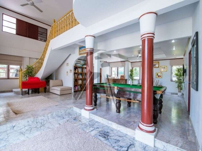 Hua Hin 2 story villa for sale pool table