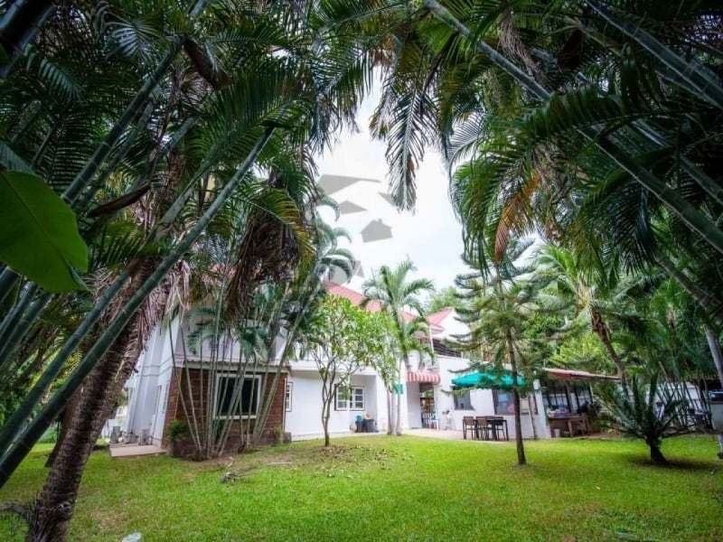 Hua Hin 2 story villa for sale rear garden