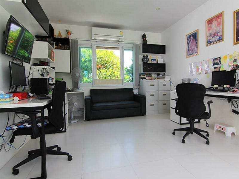 Hua Hin double storey house for sale office