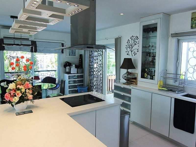 Hua Hin double storey house for sale kitchen