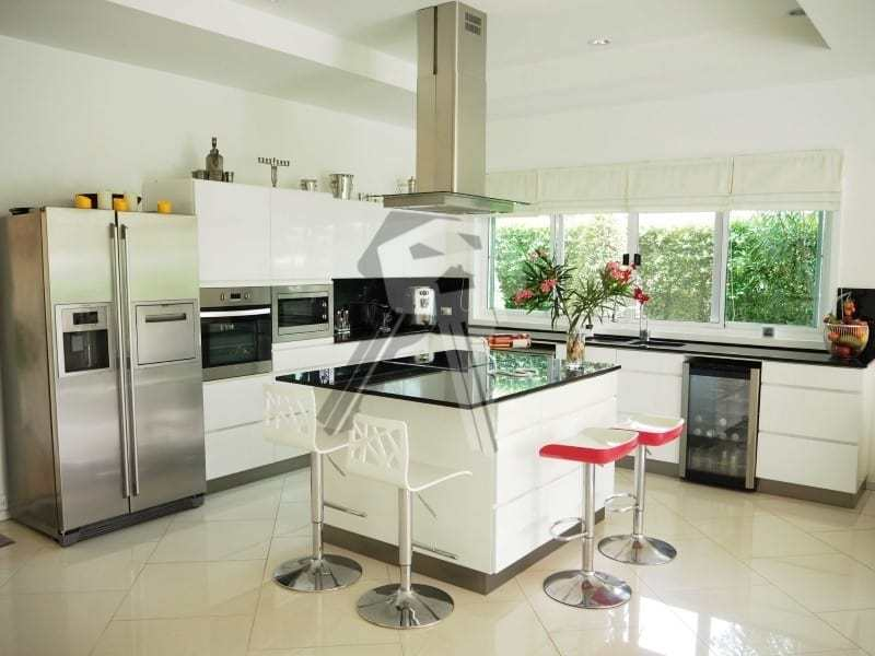 Huge Orchid Palm Homes villa for sale kitchen