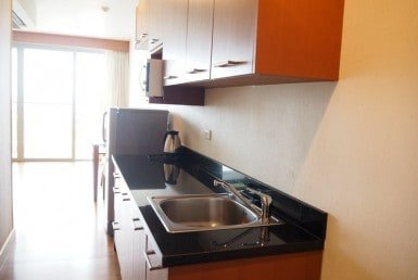 One bed Boathouse apartment for sale kitchen granite work top