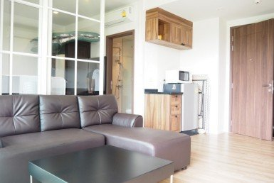 Autumn apartment Hua Hin for sale livinf