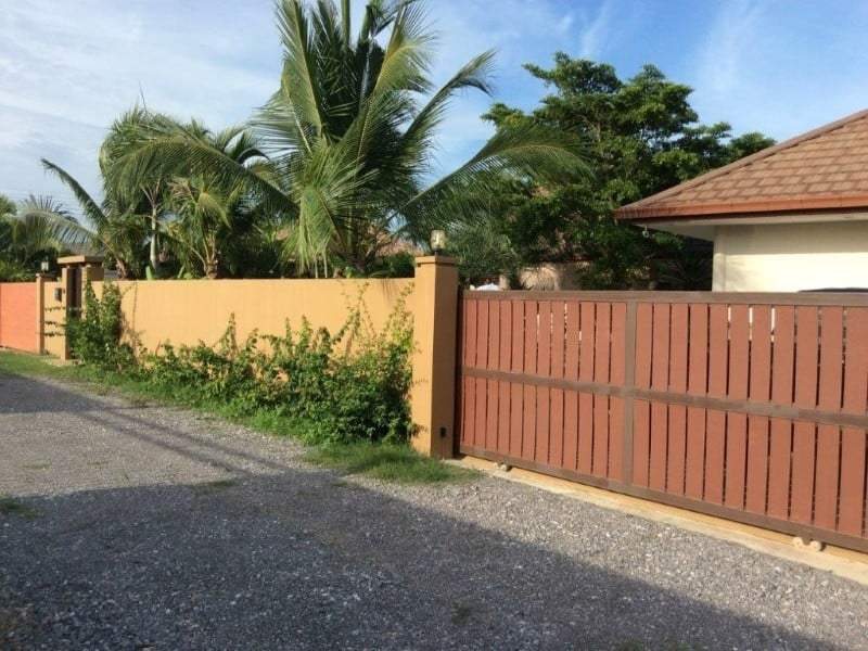 Pranburi home for sale sytreet view