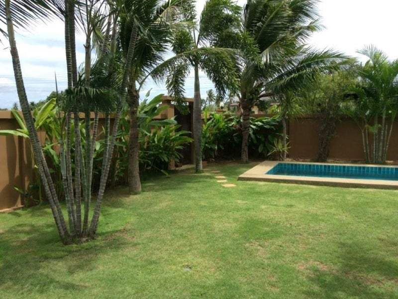 Pranburi home for sale palm trees