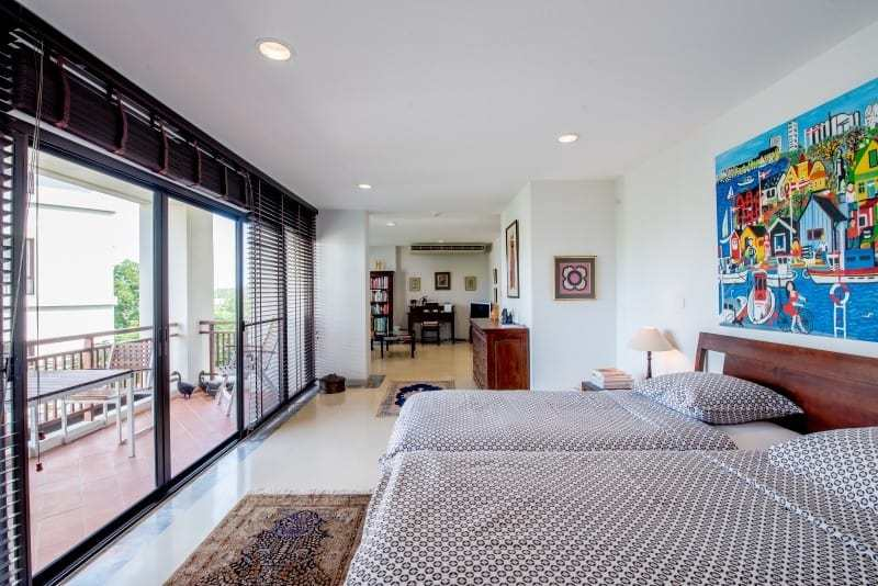 Santipura 4 bed condo for sale Hua Hin twin room