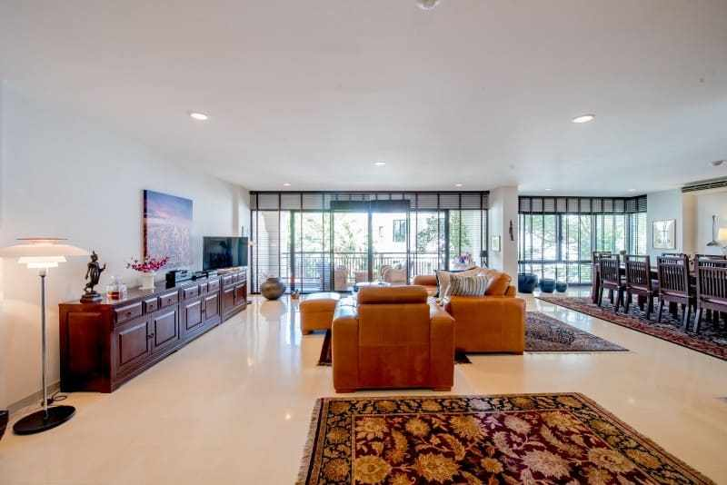 Santipura 4 bed condo for sale Hua Hin lounge