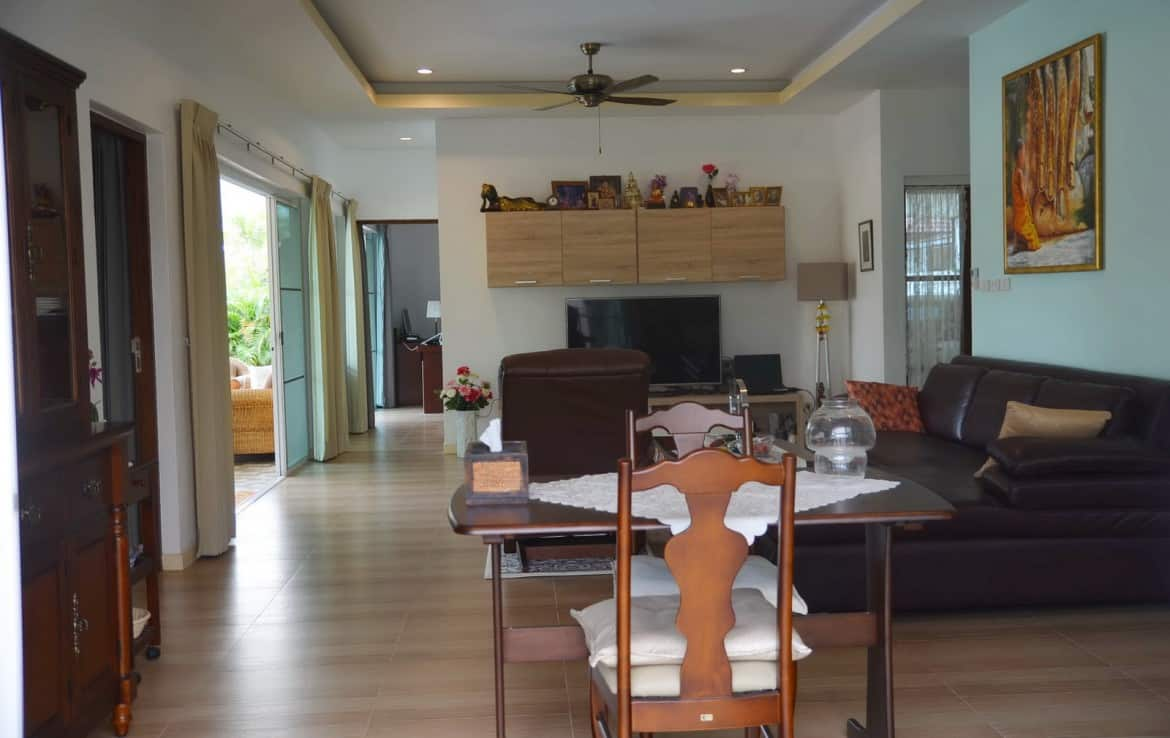 House for sale in Palm Garden Hua Hin - living