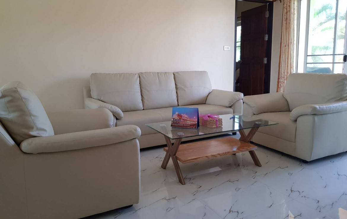 Best priced two bedroom villa for sale Pranburi - living room