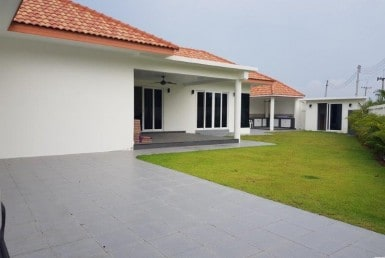 Baan Yu Yen villa for sale - garden 2