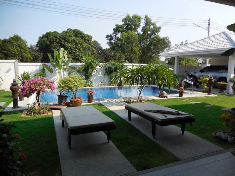 Avenue Gold 4 bed villa for sale - view