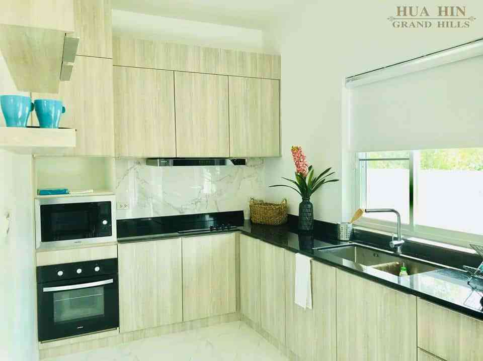 Hua Hin Grand Hills - kitchen