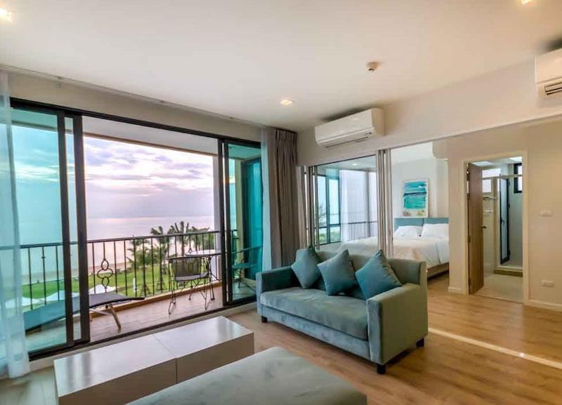 Bella Costa 3 bed penthouse for sale - living room