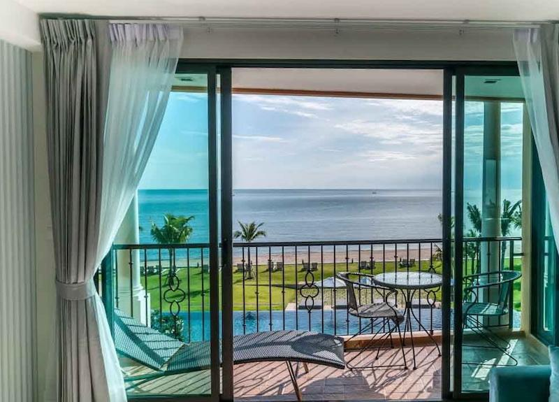 Bella Costa 3 bed penthouse for sale - balcony