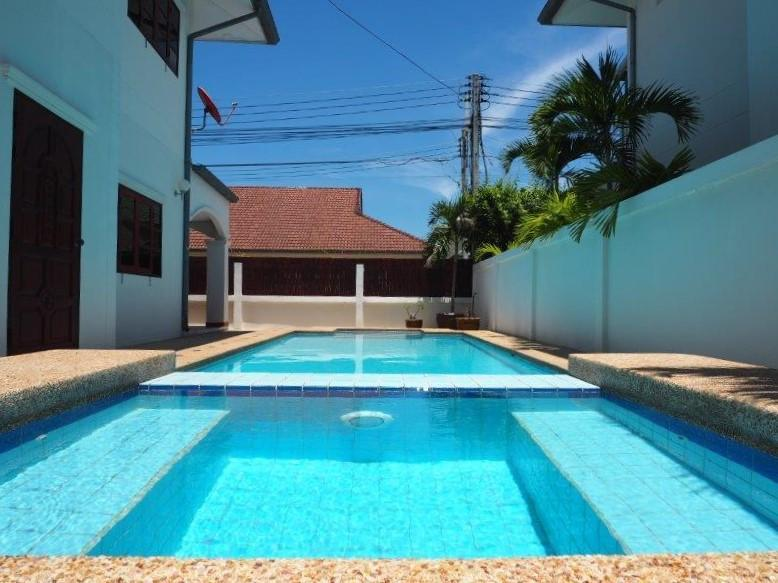 Baan Silvia House in the city center for sale - pool