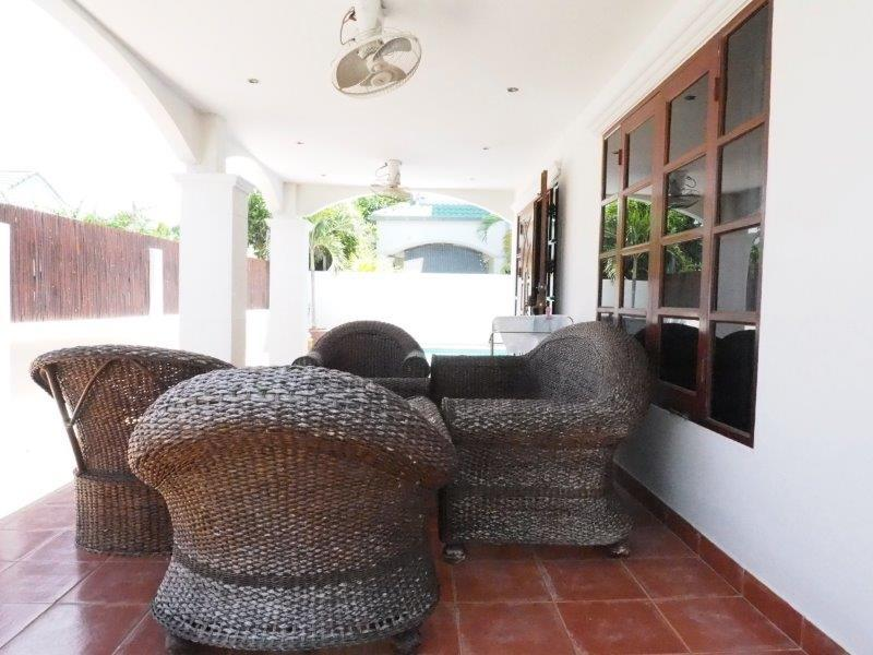 Baan Silvia House in the city center for sale - terrace