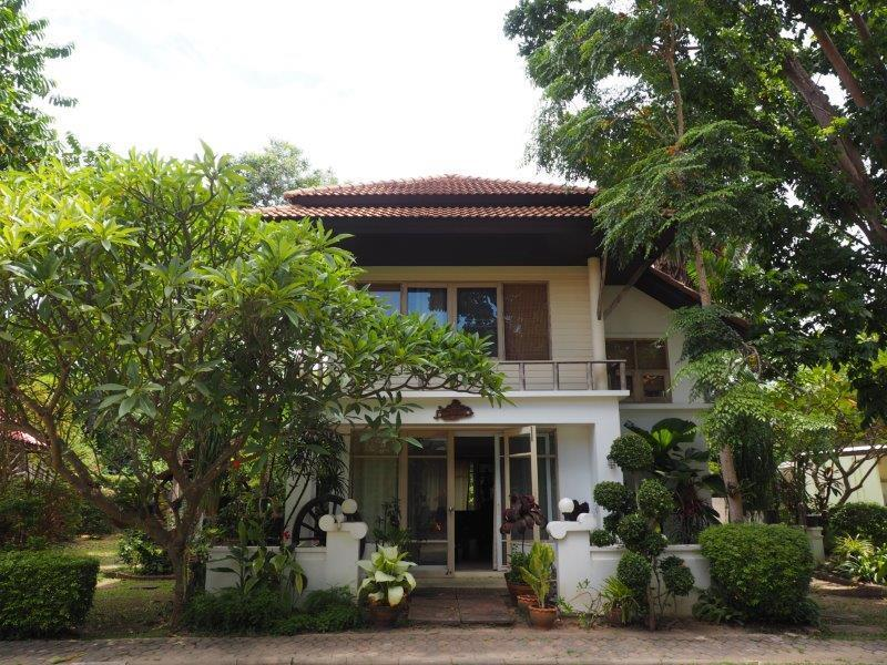Beautiful 2 bed house for sale