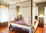Beautiful 2 bed house for sale - master bedroom
