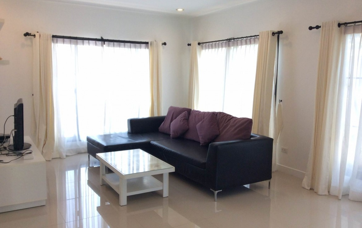 Home for sale Hua Hin center - living room