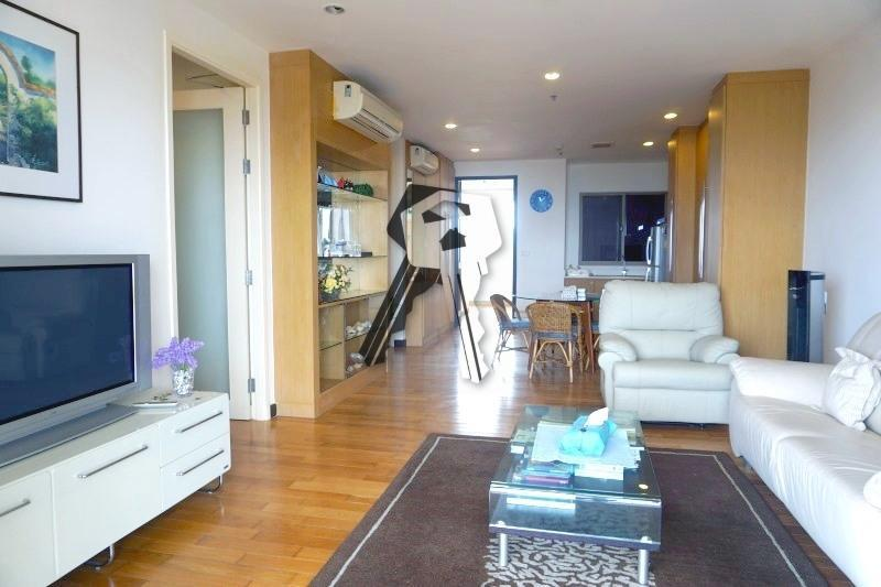 Boathouse Hua Hin Apartment for sale - living room