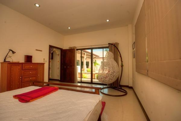 Villa for sale at Nature Valley 1 - master bed