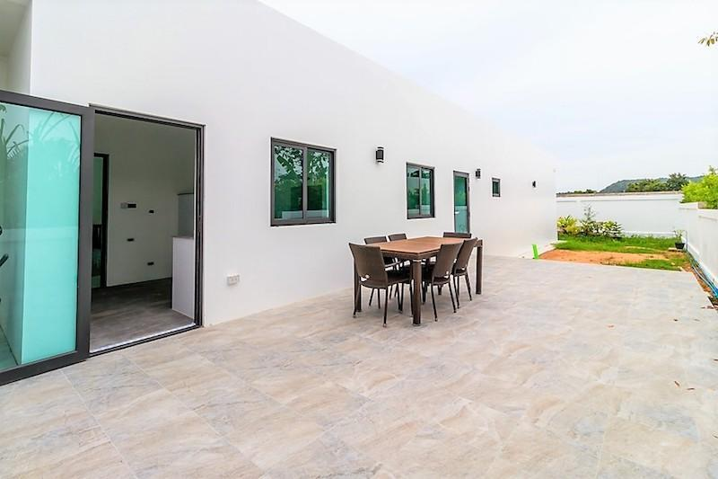 Modern Villa with rooftop terrace for sale - terrace