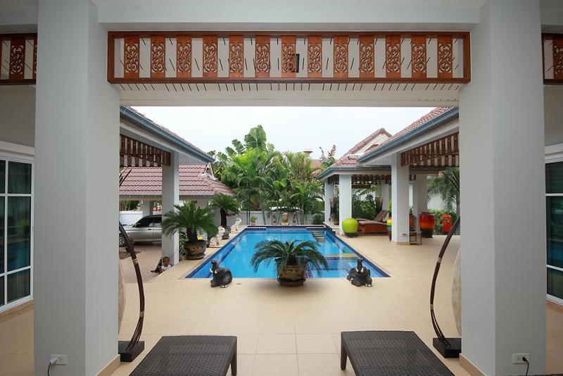 Spacious villa for sale Smart House - pool