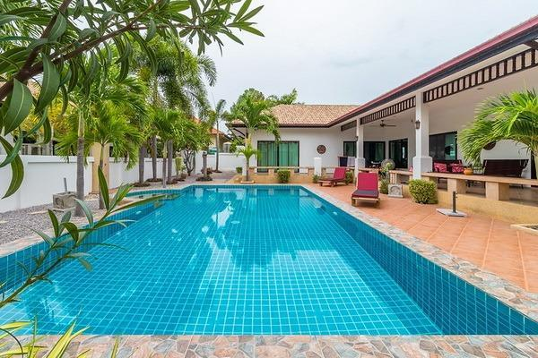 Villa for sale at Nature Valley 1 - pool