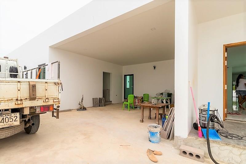 Modern Villa with rooftop terrace for sale - covered area
