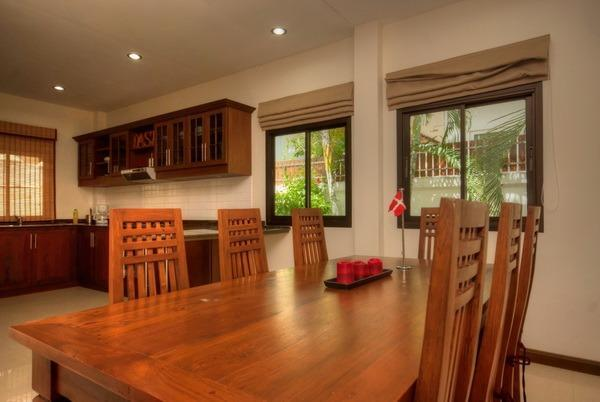 Villa for sale at Nature Valley 1 - dining area