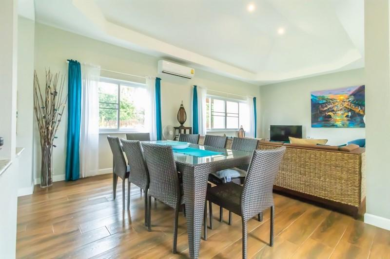 Dolphin Bay villa for sale - dining area